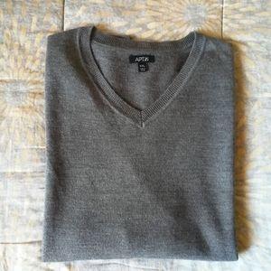 Apt.9 Men's V-neck sweater size XXL